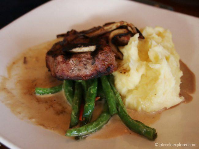 Steak at Hula Grill Waikiki
