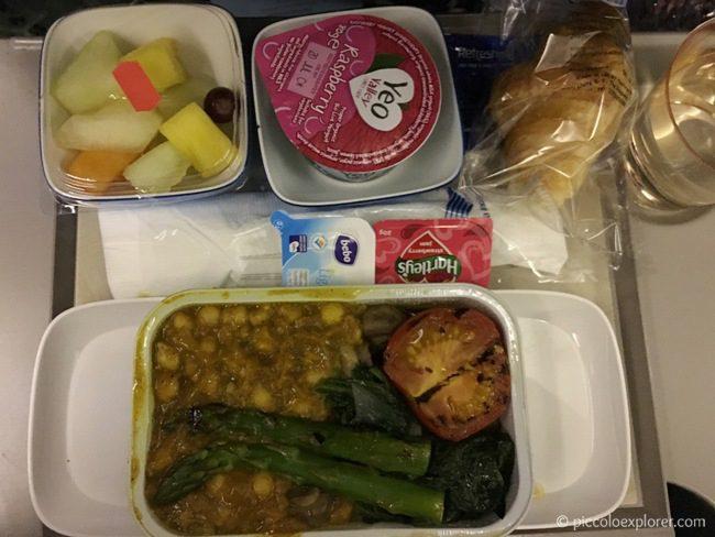 Vegetarian Breakfast Meal - Garuda Indonesia